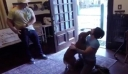 Η στιγμή που αστροναύτης συναντά και πάλι τον σκύλο της [Βίντεο]