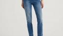Weekend mode: 10 τζιν παντελόνια για όλη την ημέρα