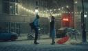 Η Χριστουγεννιάτικη διαφήμιση με την Σταχτοπούτα στο σήμερα που κάνει αίσθηση