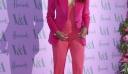 Η Ciara φόρεσε φούξια σακάκι και μάλλον πας για ψώνια