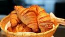 Τυροπιτάκια με πανεύκολη σπιτική ζύμη κρουασάν