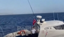 Βίντεο ντοκουμέντο από τις Οινούσσες: Τουρκικό σκάφος προκαλεί με επικίνδυνους ελιγμούς Έλληνες ψαράδες και πλήρωμα της Frontex