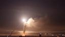 Ισραηλινοί πύραυλοι έπληξαν το στρατιωτικό αεροδρόμιο της Χομς