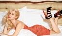 Η Νάντια Μπουλέ πιο σέξι από ποτέ