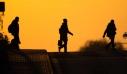 Ψυχικές ασθένειες, διχασμός και τηλεργασία: Πώς ο κορονοϊός άλλαξε τη ζωή των Γερμανών