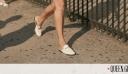 Πώς μπορείς να φορέσεις τα flat παπούτσια σου αυτήν την εποχή;