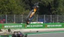 Σοκαριστικό ατύχημα για τον Άλεξ Περόνι στην F3-Ευτυχώς βγήκε σώος (βίντεο)