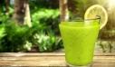 Ο Νο1 χυμός για αποτοξίνωση που θα κάνει τα κιλά του καλοκαιριού να εξαφανιστούν