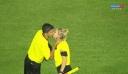 Διαιτητές αντάλλαξαν ένα φιλί πρίν τη σέντρα!