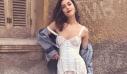 H Demy με '90s φλοράλ φούστα και το τέλειο tip για να τη συνδυάσεις