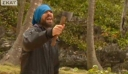 Το διαδίκτυο υποκλίνεται στον Γιάννη Σπαλιάρα ως τον «σφάχτη της καρύδας» [Βίντεο]