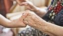 Κρήτη: Είδε από τις κάμερες την ηλικιωμένη μητέρα της να κακοποιείται