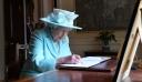 Ο απίστευτος λόγος που η βασιλική οικογένεια δεν υπογράφει αυτόγραφα
