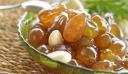 Σταφύλι γλυκό κουταλιού με αμύγδαλα