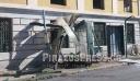 Καμίνια: Φορτηγό έπεσε σε στάση λεωφορείου