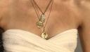 Coin Jewelry: Τα κοσμήματα που θα φορέσουμε αυτό το καλοκαίρι έχουν ένα συγκεκριμένο χαρακτηριστικό