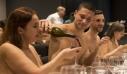 Λουκέτο στο μοναδικό εστιατόριο γuμνιστών στο Παρίσι