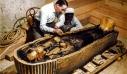 Η επίχρυση σαρκοφάγος του Τουταγχαμών συντηρείται για πρώτη φορά στην ιστορία της