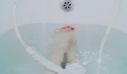Οι 3 πιο βολικές (και ασφαλείς) στάσεις για σeξ στο μπάνιο