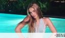 Ειρήνη Τσάκου: Η κόρη της Σήλιας Κριθαριώτη ποζάρει ως μοντέλο με δημιουργία της μαμάς της