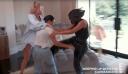 Keeping Up With The Kardashians: Νέα πλάνα από την πρεμιέρα - Πιάστηκαν στα χέρια Kim και Kourtney (video+photo)