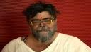 Μετά από 40 χρόνια ο Σταμάτης Κραουνάκης ξύρισε τελείως τα μούσια του! Δείτε την απίστευτη μεταμόρφωσή του!