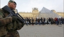 Νέα στοιχεία για την επίθεση στο Λούβρο - «Αλλάχου Άκμπαρ» φώναξε ο δράστης