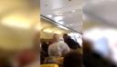 Επιβάτες πιάστηκαν στα χέρια μέσα στο αεροπλάνο για μια γυναίκα που δε φορούσε παπούτσια [βίντεο]