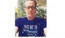 Το απίθανο μπλουζάκι του Τομ Χανκς με το οποίο κάνει καμπάνια υπέρ της Ελλάδας (φωτό)