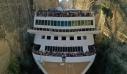 Εντυπωσιακές εικόνες από κρουαζιερόπλοιο που διασχίζει τον Ισθμό της Κορίνθου