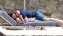 Ο Γουέιν Ρούνεϊ σε ακατάλληλες σκηνές δημοσίως με τη σύζυγό του, στη Μύκονο (φωτό)
