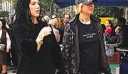 Αλλάζει την ζωή της: Ελληνίδα πορνοστάρ πήγε να προσκυνήσει την Τίμια Ζώνη (φωτό)