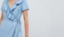 Το denim φόρεμα της Reese Witherspoon είναι το hot item για τα Σαββατοκύριακα της άνοιξης