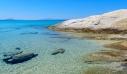 Μία από τις ωραιότερες παραλίες των Κυκλάδων βρίσκεται στη Νάξο