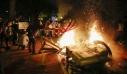 George Floyd: Οι ΗΠΑ φλέγονται – Σε ισχύ απαγόρευση κυκλοφορίας, οδηγός έριξε το φορτηγό του πάνω σε διαδηλωτές