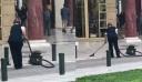 Θεσσαλονίκη: Γυναίκα έβαλε ηλεκτρική σκούπα έξω στην πλατεία Αριστοτέλους
