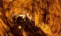 Το σπήλαιο στην Αντίπαρο όπου κρύφτηκαν οι Μακεδόνες συνωμότες κατά του Μ. Αλεξάνδρου