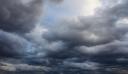 Καιρός: Άνοδος της θερμοκρασίας, αλλά με νεφώσεις και τοπικές βροχές