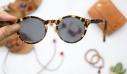 3 μικρά λάθη που ίσως κάνεις με τα γυαλιά ηλίου