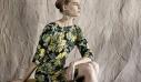 O Vassilis Zoulias δημιουργεί την πρώτη prêt-à-porter συλλογή και είμαστε πανέτοιμες να φέρουμε τον ρομαντισμό στις εμφανίσεις μας