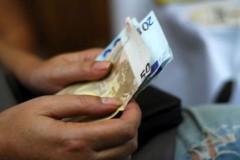 Έρχεται οικονομική ενίσχυση 165 εκατ. ευρώ από το κοινωνικό μέρισμα