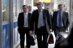 Την κάλυψη του δημοσιονομικού κενού χωρίς αλλαγές στην φορολογία ζήτησε η Τρόικα