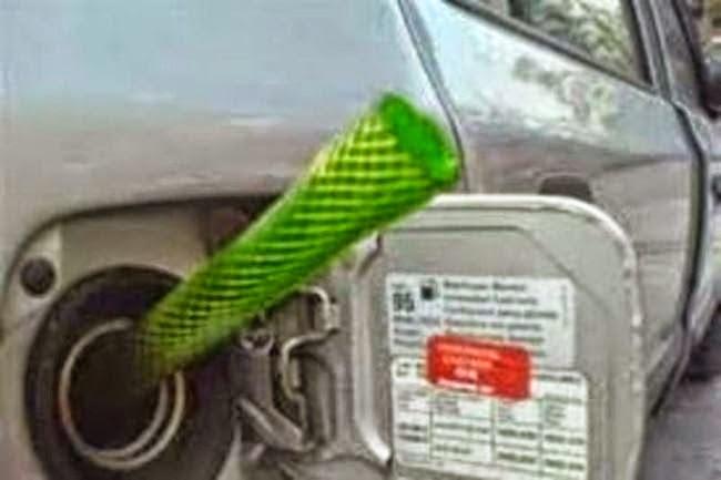 Αλεξανδρούπολη: Αφαιρούν βενζίνη από αυτοκίνητα και μηχανάκια