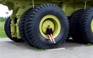 Το μεγαλύτερο φορτηγό στον κόσμο