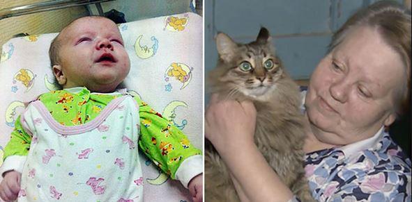 Απίστευτο!! Γάτα έσωσε βρέφος από το πολικό ψύχος ζεσταίνοντας το!! (Pics)