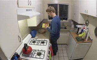 Πώς μαγειρεύουν άντρες και γυναίκες