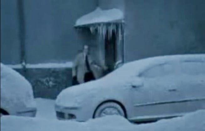 Δείτε τι μπορεί να κρύβει το χιονισμένο σας αυτοκίνητο [βίντεο]