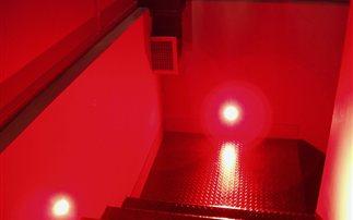 Ερωτικό σινεμά με «privé» δωμάτια προβολής, στο κέντρο της Αθήνας