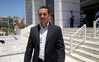 Άρση της βουλευτικής ασυλίας του Κασιδιάρη ζητούν οι αρχές