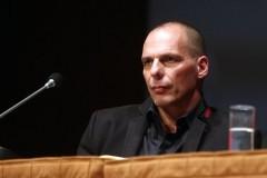 Γ.Βαρουφάκης: Θέλει να.. «γεφυρώσει» το χάσμα στη διαπραγμάτευση με τους Ευρωπαίους ομολόγους του